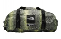 FW18 Supreme The North Face Snakeskin Flyweight Duffle Bag Green